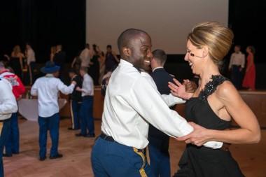 Ballo degli ufficiali